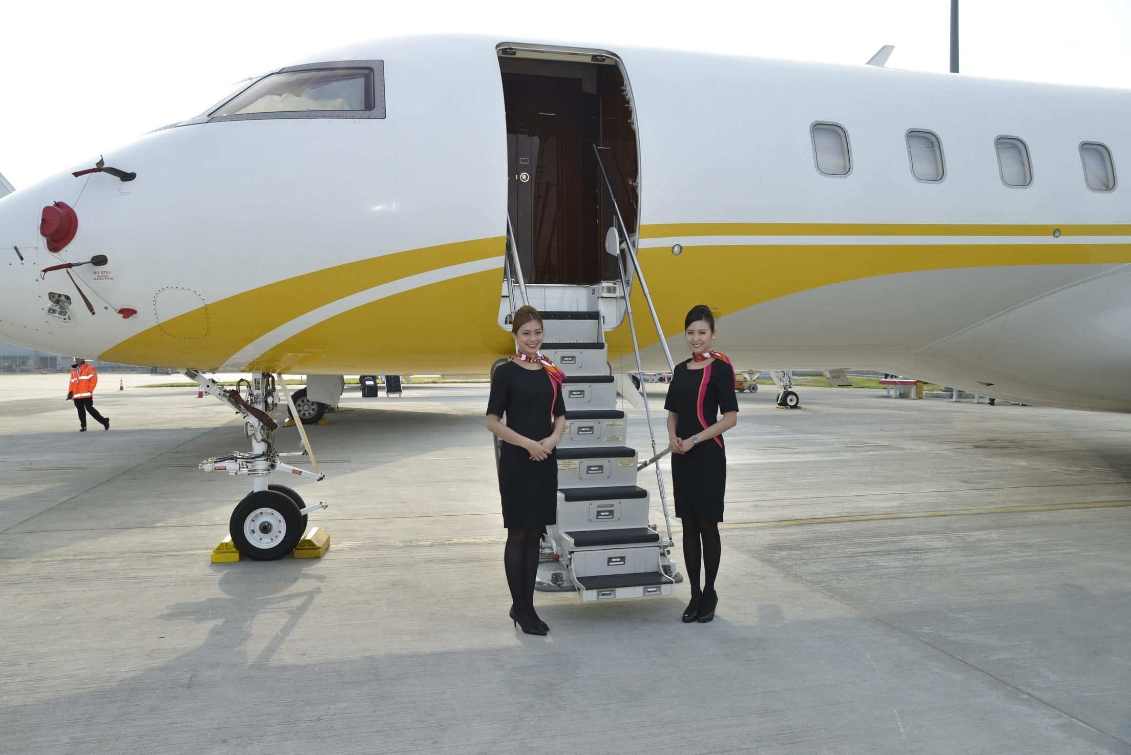 HK-Bellawings.-Jet-Limited-Takes-Delivery-of-Its-First-Private-Jet_IMG1